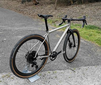 B'spoke 44 carbon all round wheels